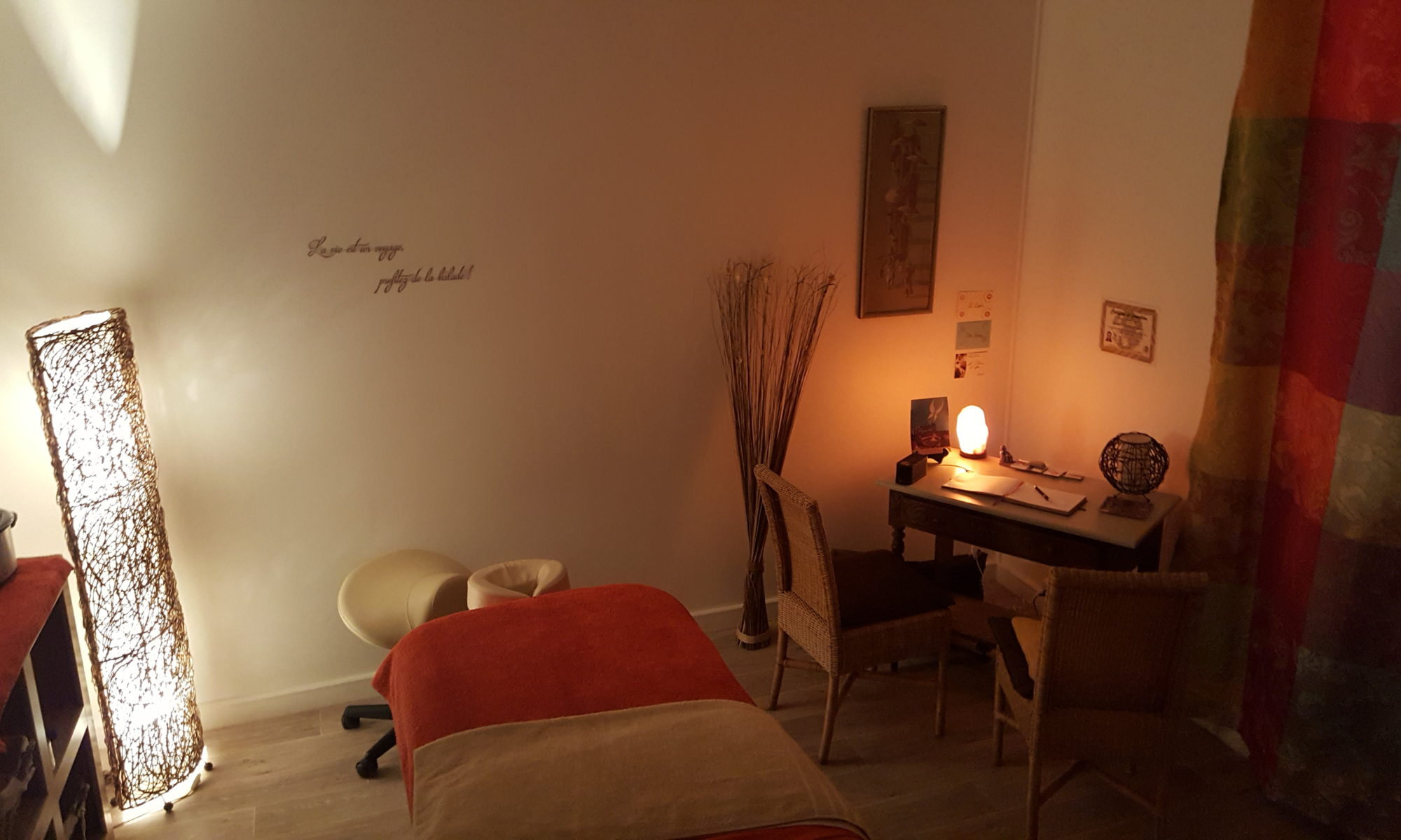 Photo d'intérieur du cabinet de massage bien-être